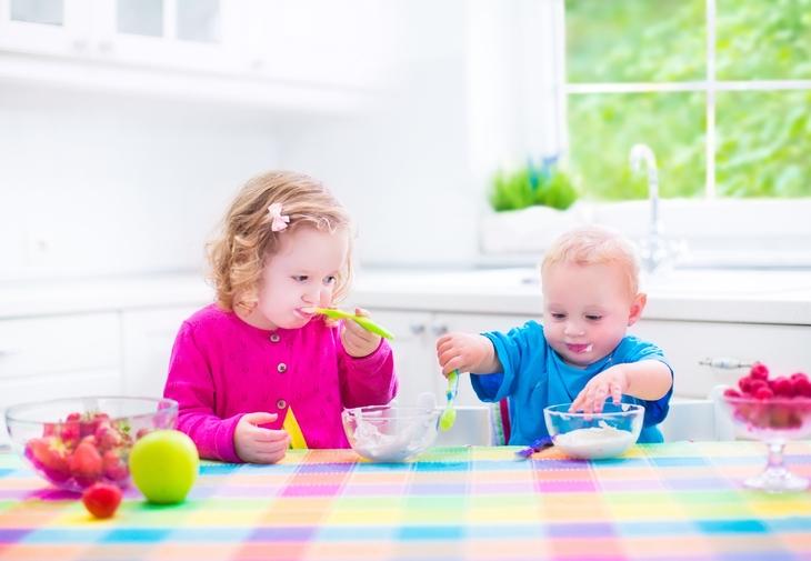 Top 8 alimente sanatoase pentru un copil