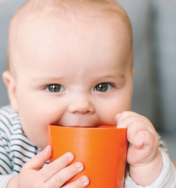 Cata apa trebuie sa bea bebelusul? Sfaturile Cristinei
