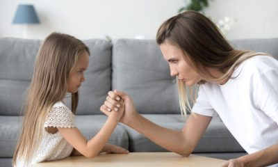 mama si fiica lupte de putere