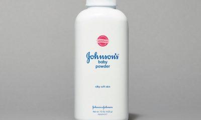 Compania Johnson&Johnson, acuzata ca pudra de talc pentru bebelusi ar provoca unele forme de cancer